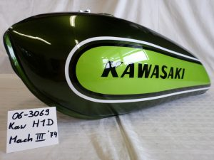Kawasaki H1D Mach III '74 RH-Lacke Lackiererei Motorradlackierung 06-3069