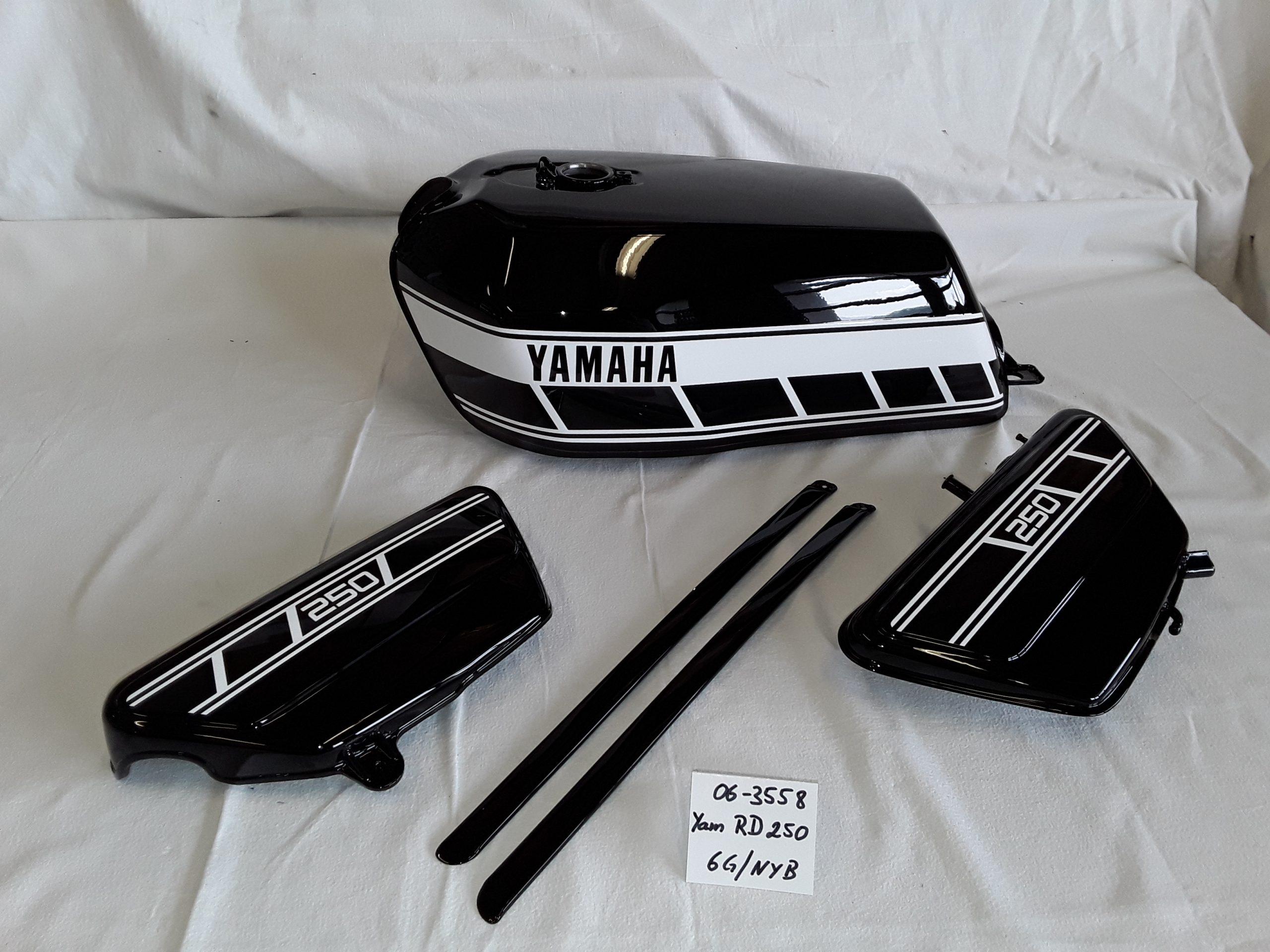 Yamaha RD250 in new yamaha black 6G/NYB RH-Lacke Lackiererei Motorradlackierung 06-3558