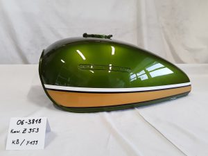 Kawasaki Z953 in candy jade green KB und barley yellow Y-199M RH-Lacke Lackiererei Motorradlackierung 06-3818-1