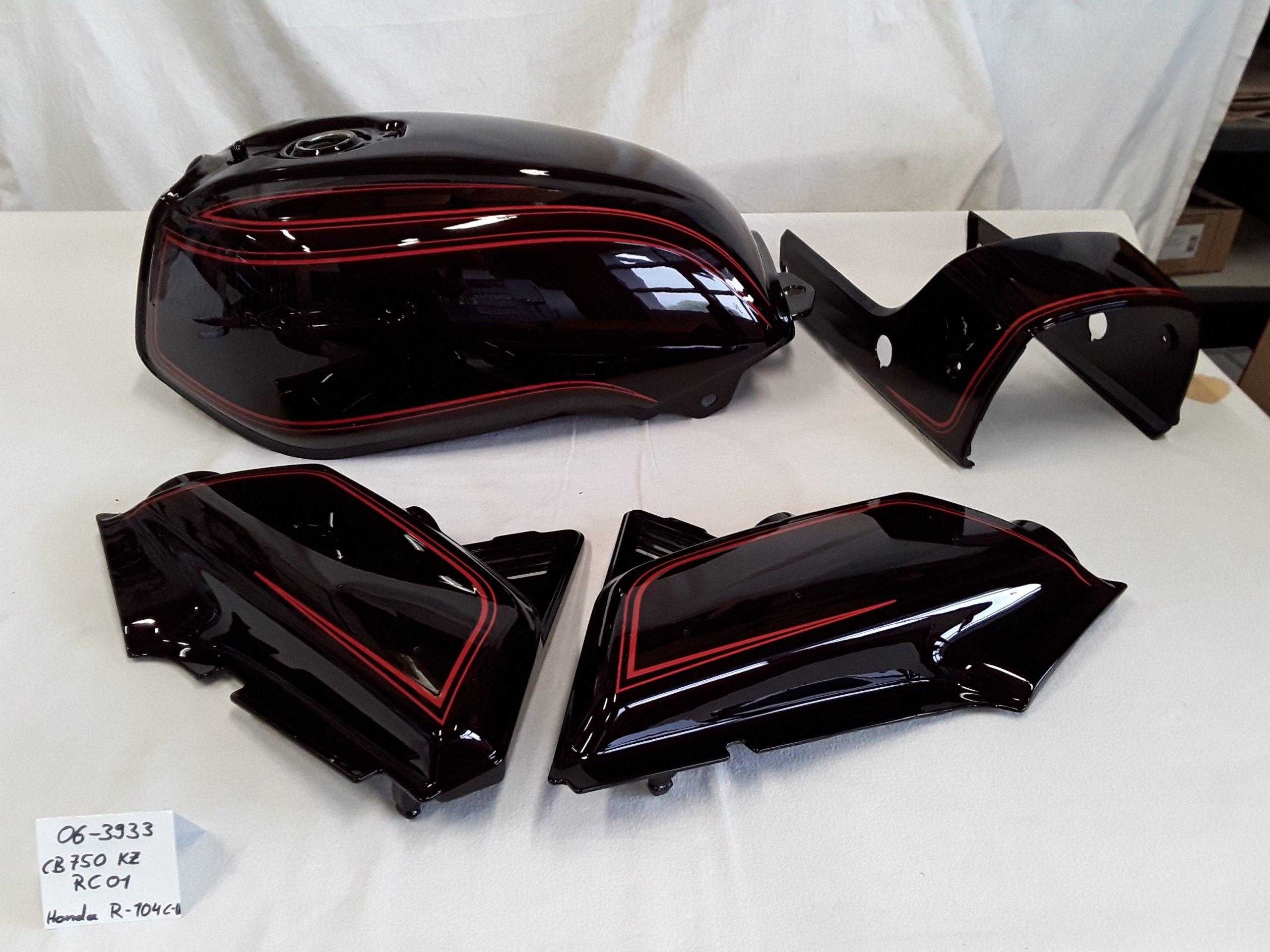 Honda CB750KZ (RC01) in candy burgundy muse red R-104 C-U RH-Lacke Lackiererei Motorradlackierung
