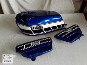 Yamaha RD250 in brigade blue F3/BGB RH-Lacke Lackiererei Motorradlackierung