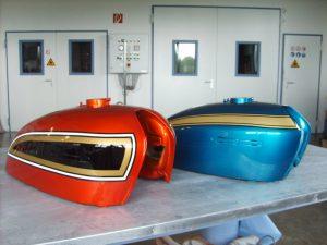Honda R-2 C-F flake sunrise orange PB-2 candy blue green RH-Lacke Lackiererei Motorradlackierung