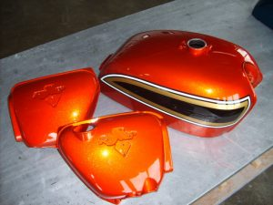 Honda CB750 K6 R-2 C-F flake sunrise orange RH-Lacke Lackiererei Motorradlackierung