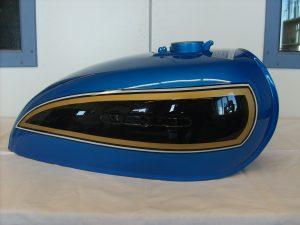 Honda CB750 K6 PB-3 C-C candy saphire blue RH-Lacke Lackiererei Motorradlackierung