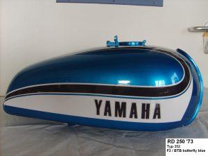 Honda RD250 '73 Typ352 in F2/BTB butterfly blue RH-Lacke Lackiererei Motorradlackierung